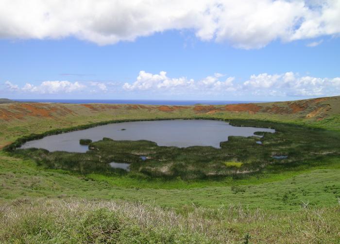 petit lac d'eau douce du Rano Raraku